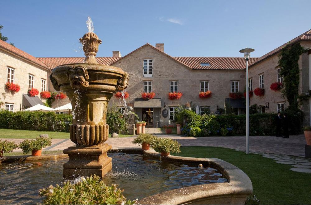 a-quinta-da-auga-hotel-spa-relais-chateaux-exterior-2b2c24b